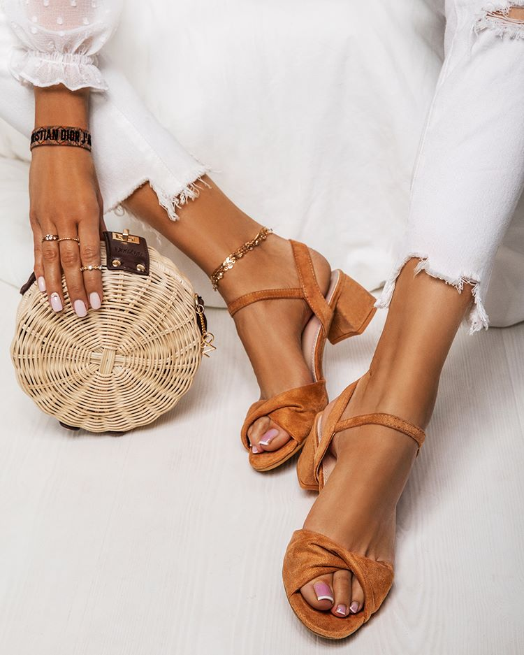 Deezee Deezeeshoes Zdjecia I Filmy Na Instagramie Shoes Sandals Heels Heels