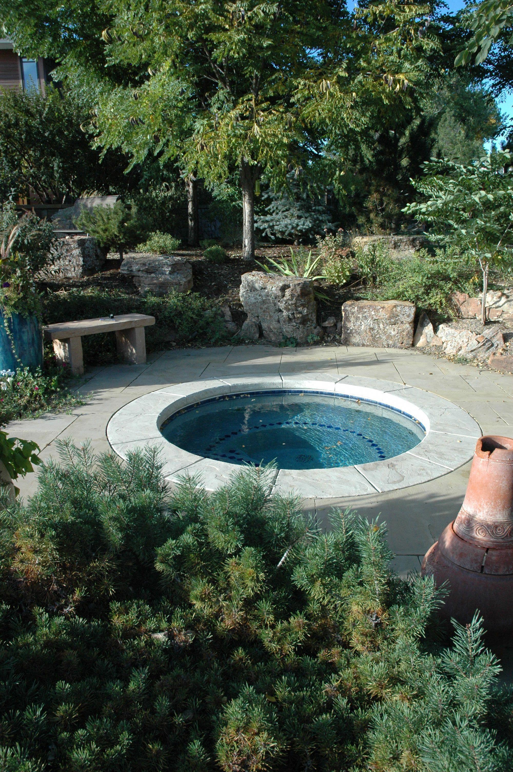 Quiet retreat. Simple built in hot tub provides resort ...