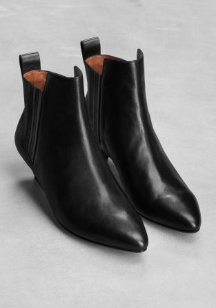 dd801d2ea168e & Other Stories image 2 of Leather kitten heel ankle boots in Black ...