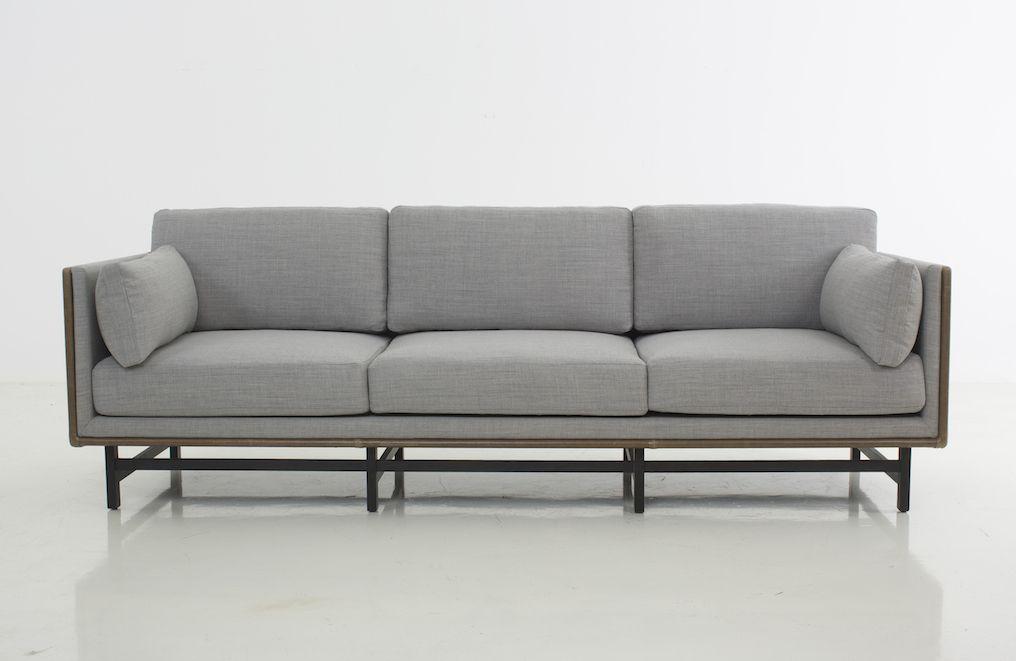 A tribute to bauhaus OEO STUDIO Three seater sofa