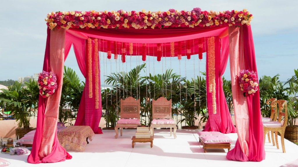 Weddingdecoration A Wedding Setup In An Open Space Decorated With