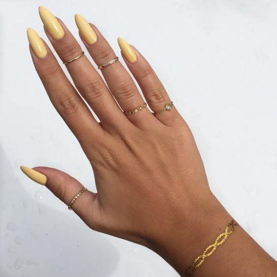 10 Summer Nails To Try This Season Yellow Nails Summer Nails Gorgeous Nails
