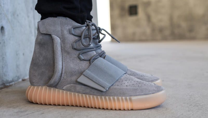 adidas Yeezy Boost 750 Light Grey Gum | Adidas, Adidas