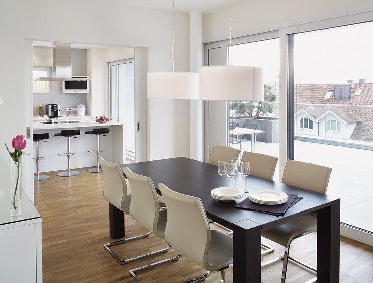 esszimmer mit schiebet r fu boden pinterest daily fashion and house. Black Bedroom Furniture Sets. Home Design Ideas