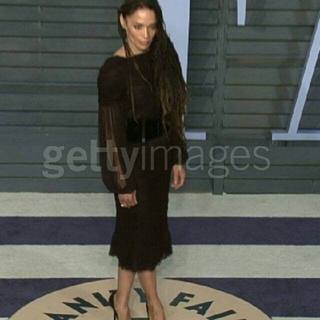 Zoe Kravitz Oscars Bra: Pin By Sharon F On Momoan Landscape..