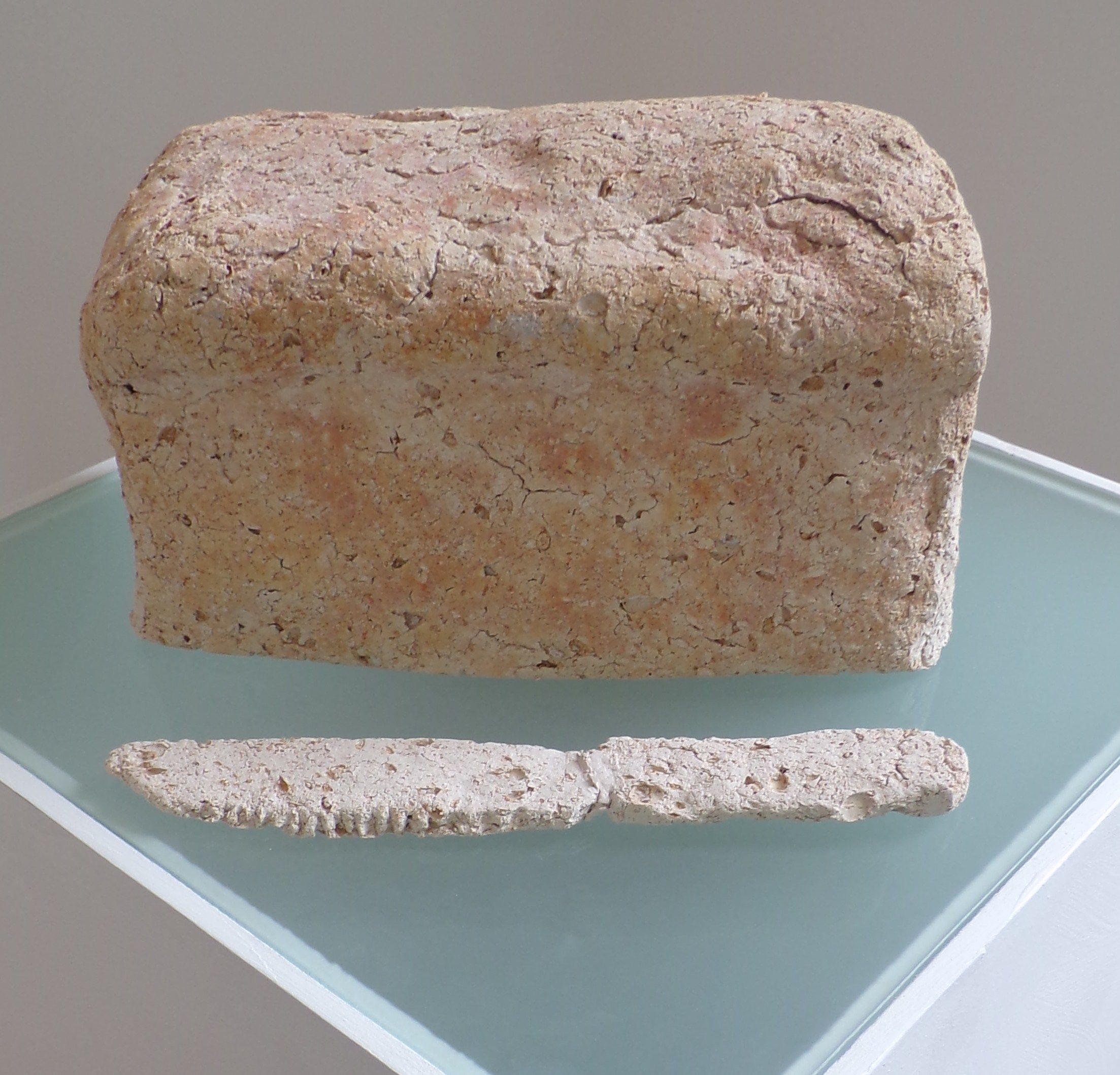 Ceramic Bread and knife