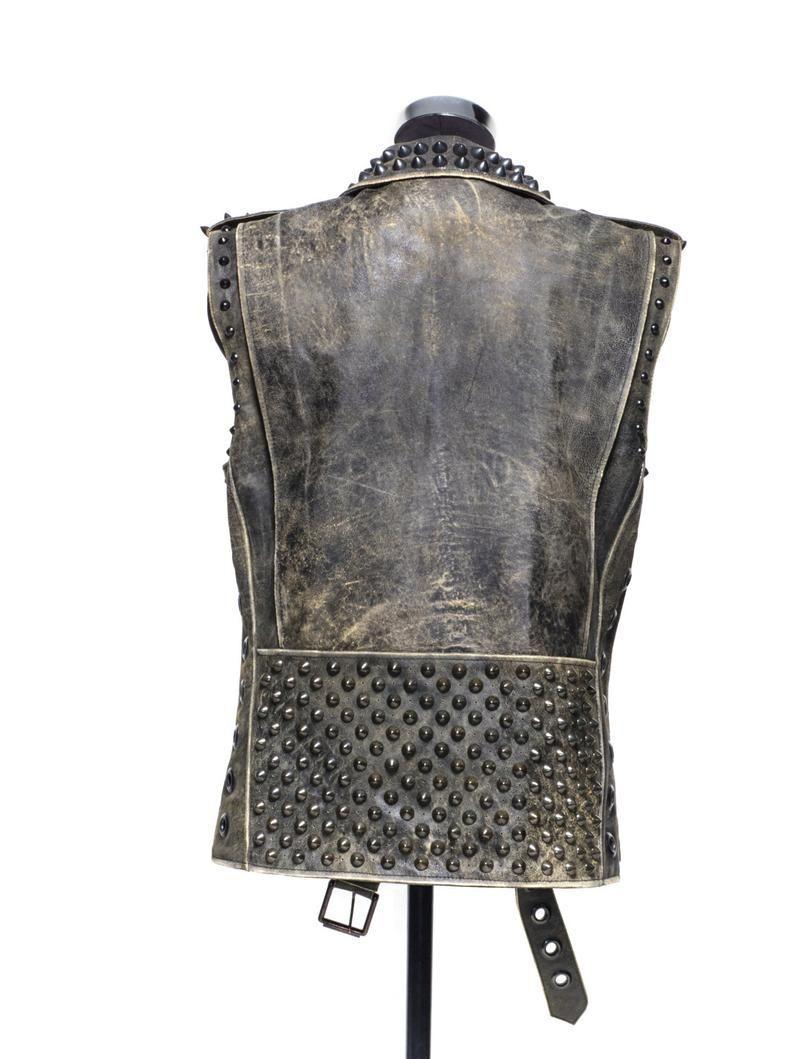 Punisher Biker Vest In Distressed Leather Etsy In 2021 Biker Vest Distressed Leather Heavy Metal Clothing [ 1059 x 794 Pixel ]