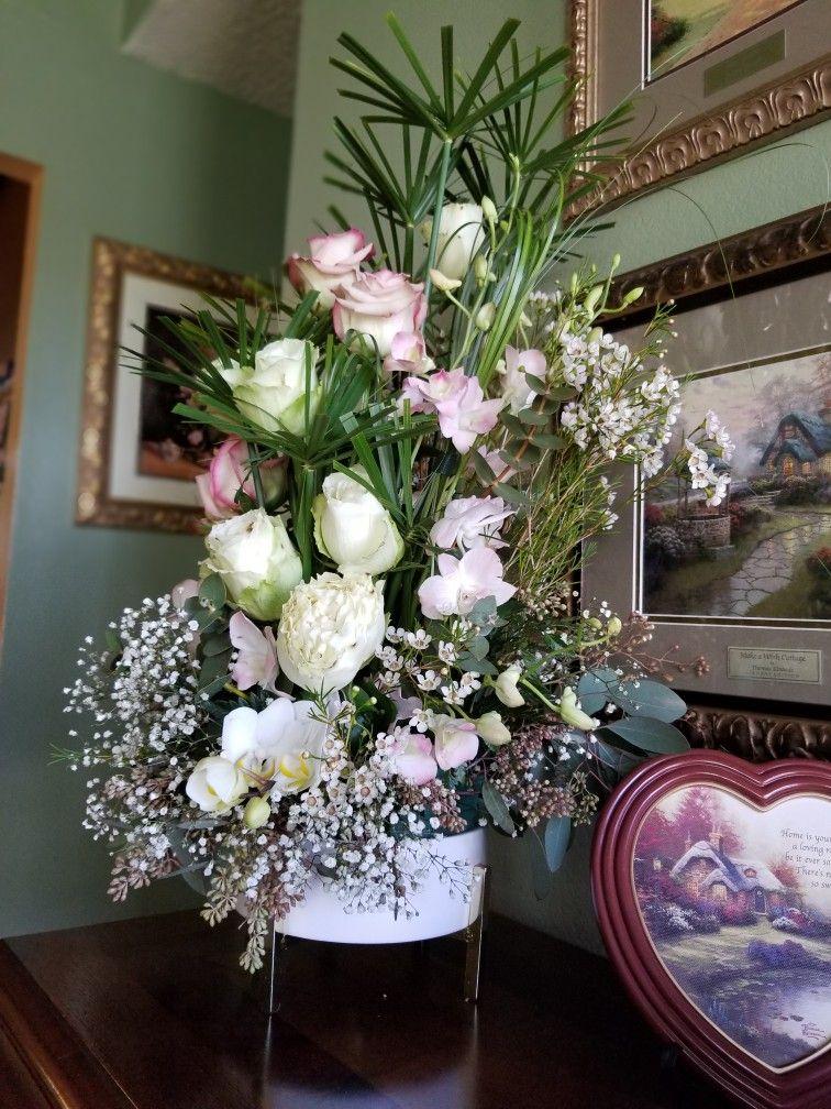 Flower Arrangement By Melba Melbasflowers Melbas Flowers