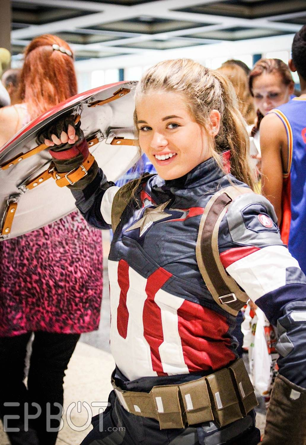 EPBOT: Tampa Bay Comic-Con 2015, Part 2 | Fem Cap | Comic