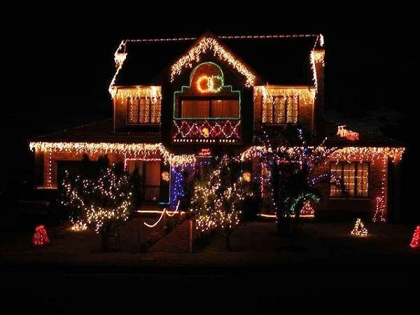 Simple Outdoor Christmas Lights Ideas