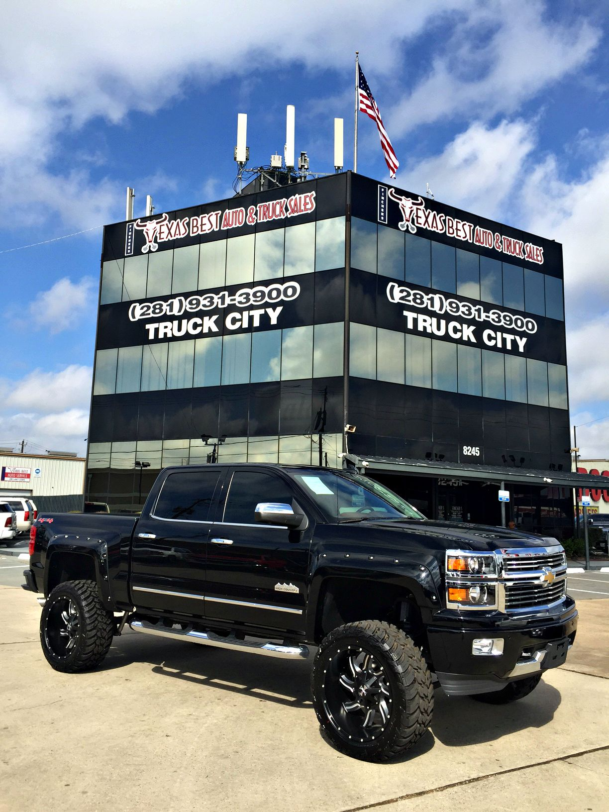 New Lift New Inventory Custom Lifted 2015 Chevrolet Silverado Highcountry With 22 Wheels Chevy Trucks Silverado Chevy High Country Lifted Chevy Trucks