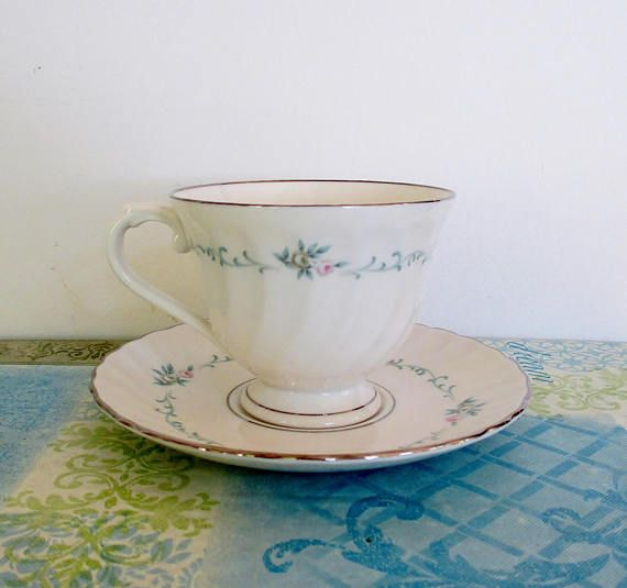 Vintage Silhouette Syracuse China Footed Teacup & Saucer ...