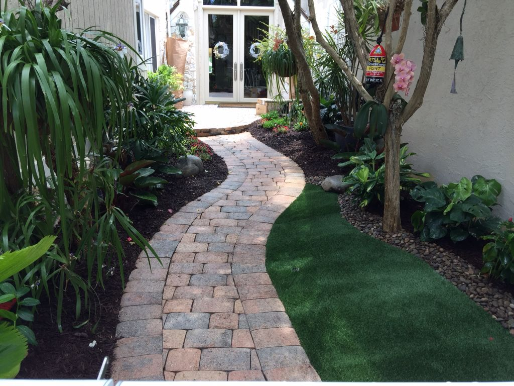 Tropical Shade Design With Synthetic Turf Tropical Landscaping