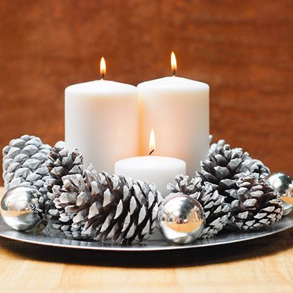DIY Holiday Candle Centerpiece {love this! So simple and pretty}