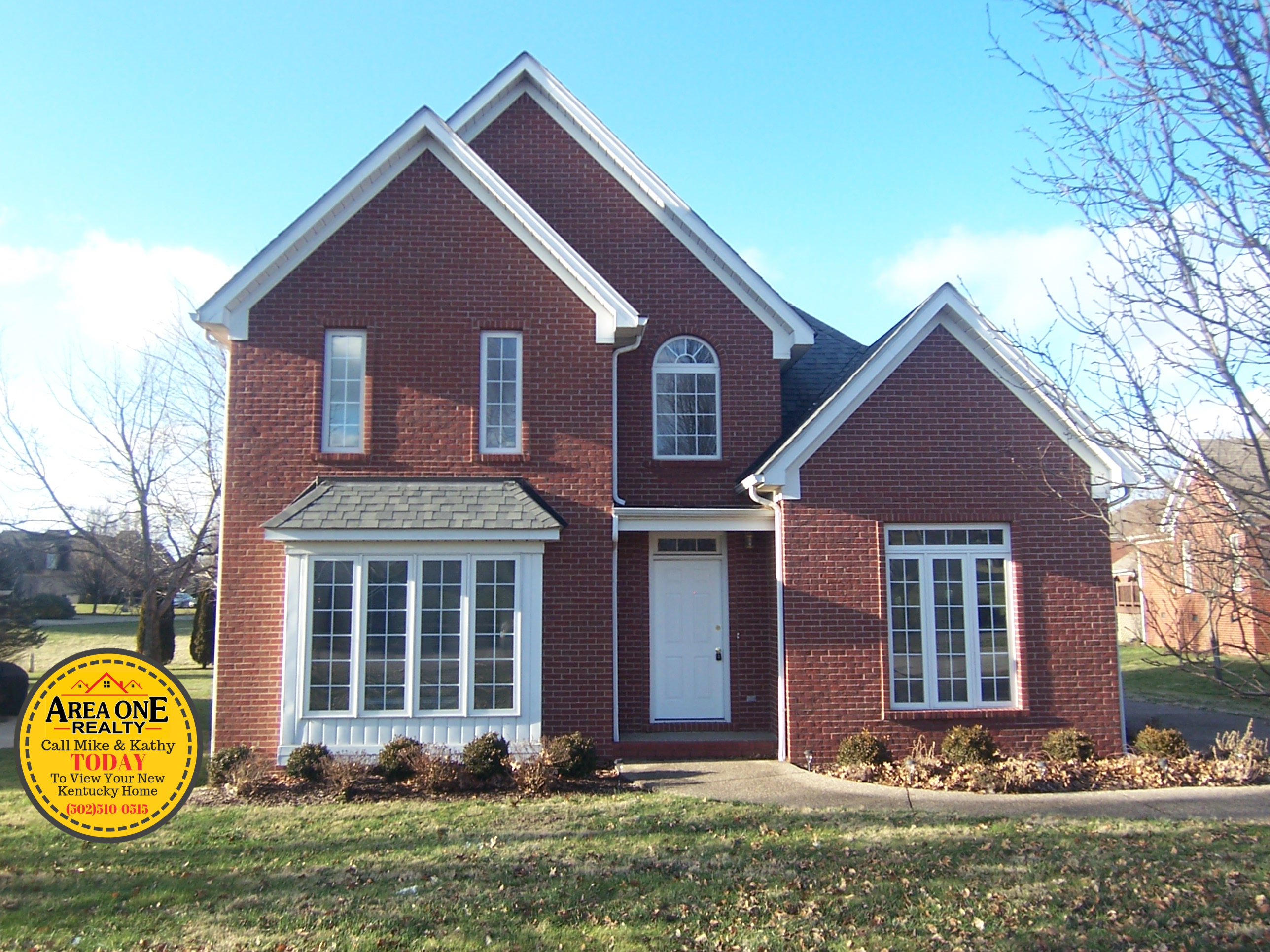 Newly listed in Maywood! Lovely 3BR 2BA brick ranch with 2