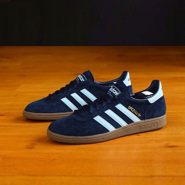 Adidas Originals Spezial: Dark NavyBlue Argy   looks