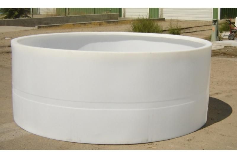 Custom Roto-Molding 1250 Gallon Open Top Tank | Outdoor