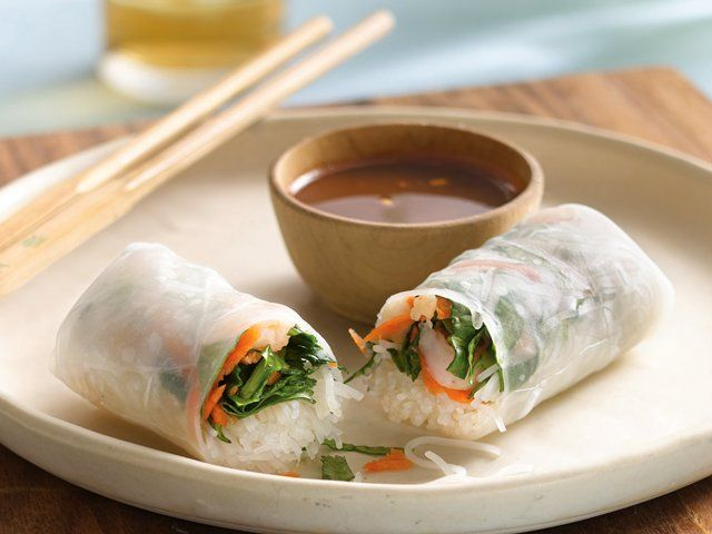 Shrimp Summer Rolls with Dipping Sauce | Gluten Freely