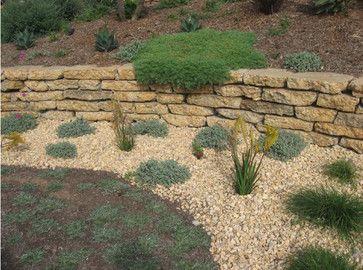 Broken Concrete Retaining Wall Google Search Concrete Garden Recycled Concrete Concrete Retaining Walls