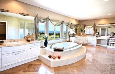 Look at the size of this bathroom! I think I could just build this & live in it!