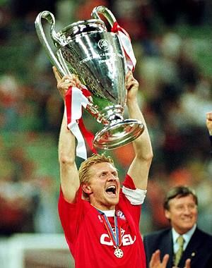 Stefan Effenberg, winner of Uefa Champions Leauge with Fc Bayern Munchen on 2001!