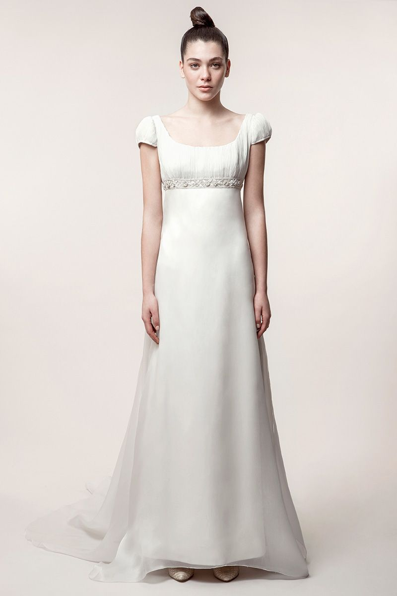 ELENA: Vestido de novia corte imperio con cuerpo y mangas Plisado ...