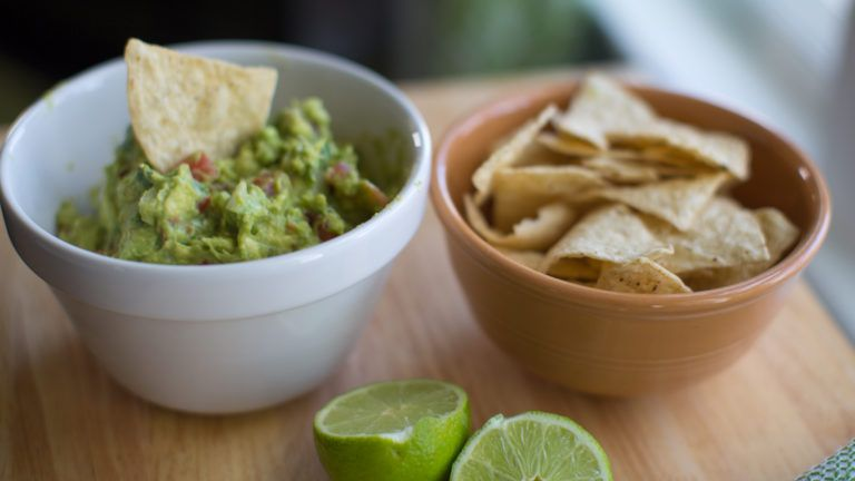 Spicy Summer Guacamole in 2020 | Oven bbq chicken, Oven ...