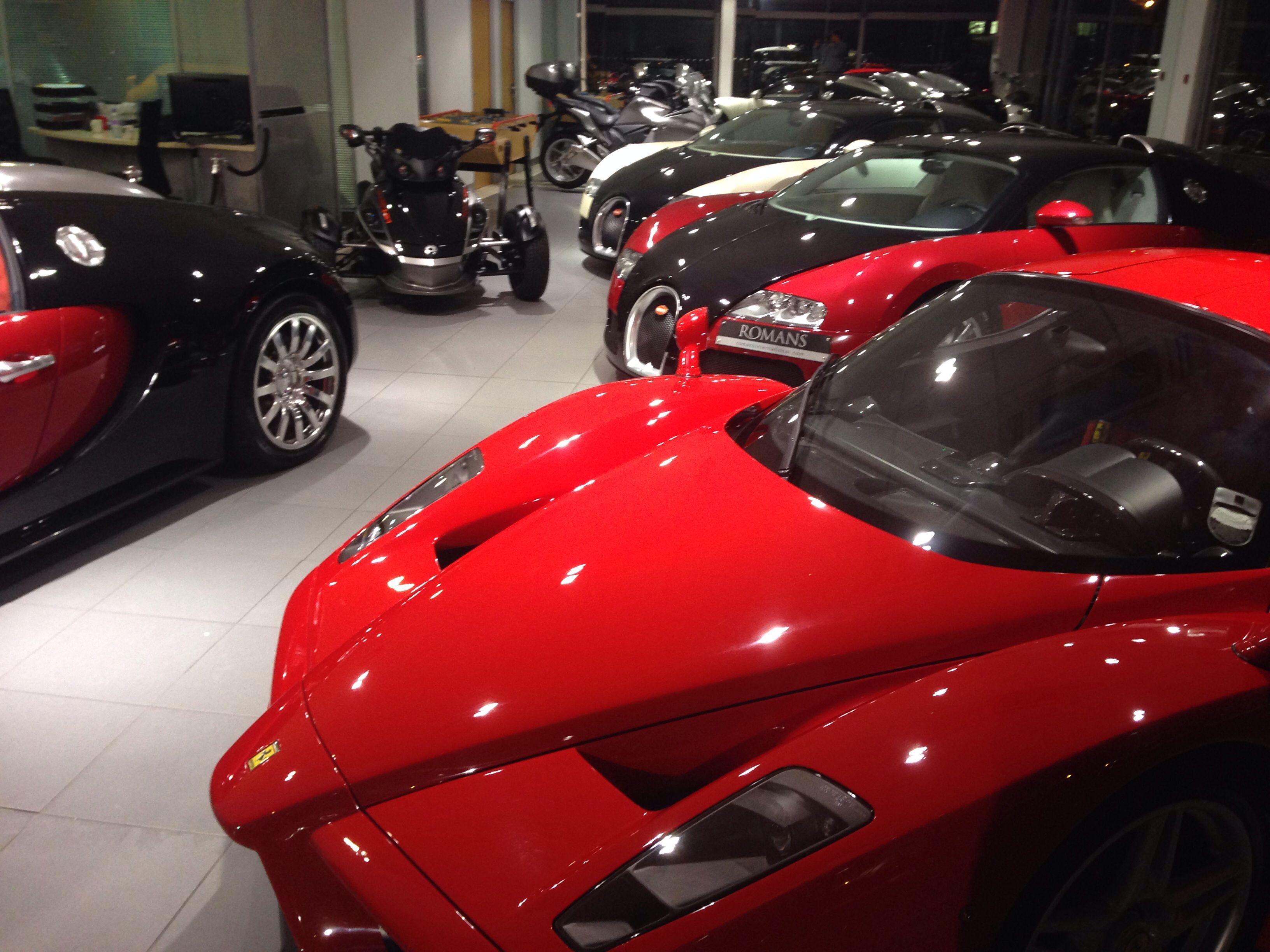 Hypercar Dreams! Ferrari Enzo vs Bugatti Veyron | Ferrari ...