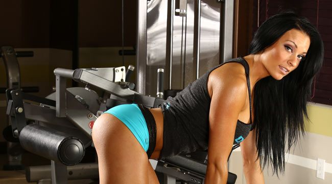Banker Turned Bikini Model Sierra Merchant Muscle Fitness Bikini Models Bikinis Model