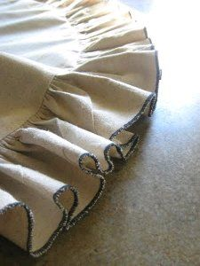 Whitney's Drop Cloth Tree Skirt | AllFreeSewing.com