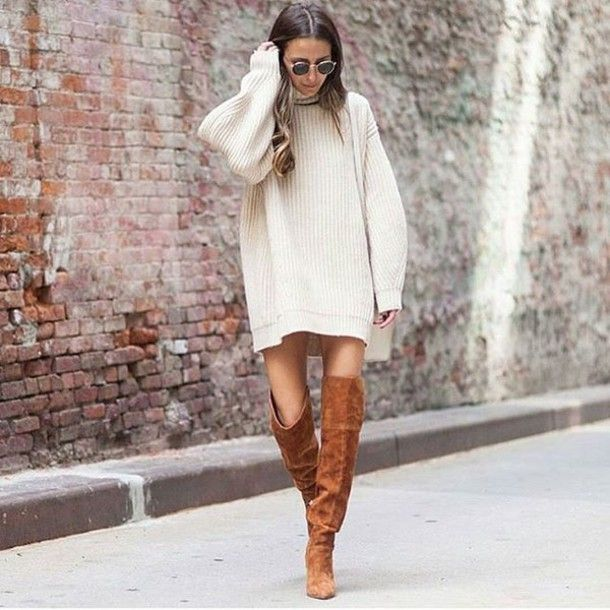 A FAVORITE OUTFIT COMBINATION: SWEATER, SKIRT, OVER THE KNEE