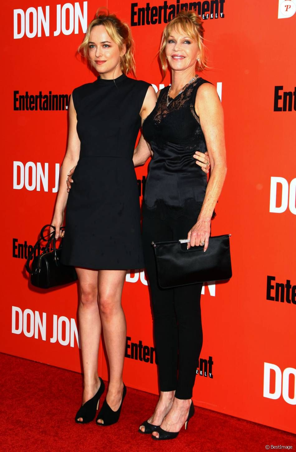 Dakota Johnson & her mother, Melanie Griffith.