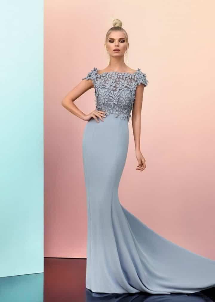 92683, Carla Ruiz | hermosos. vestidos | Pinterest | Vestidos de ...