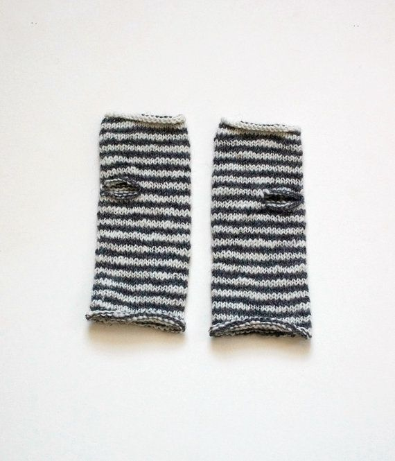 Charcoal and White Striped Wrist Warmers от extase на Etsy
