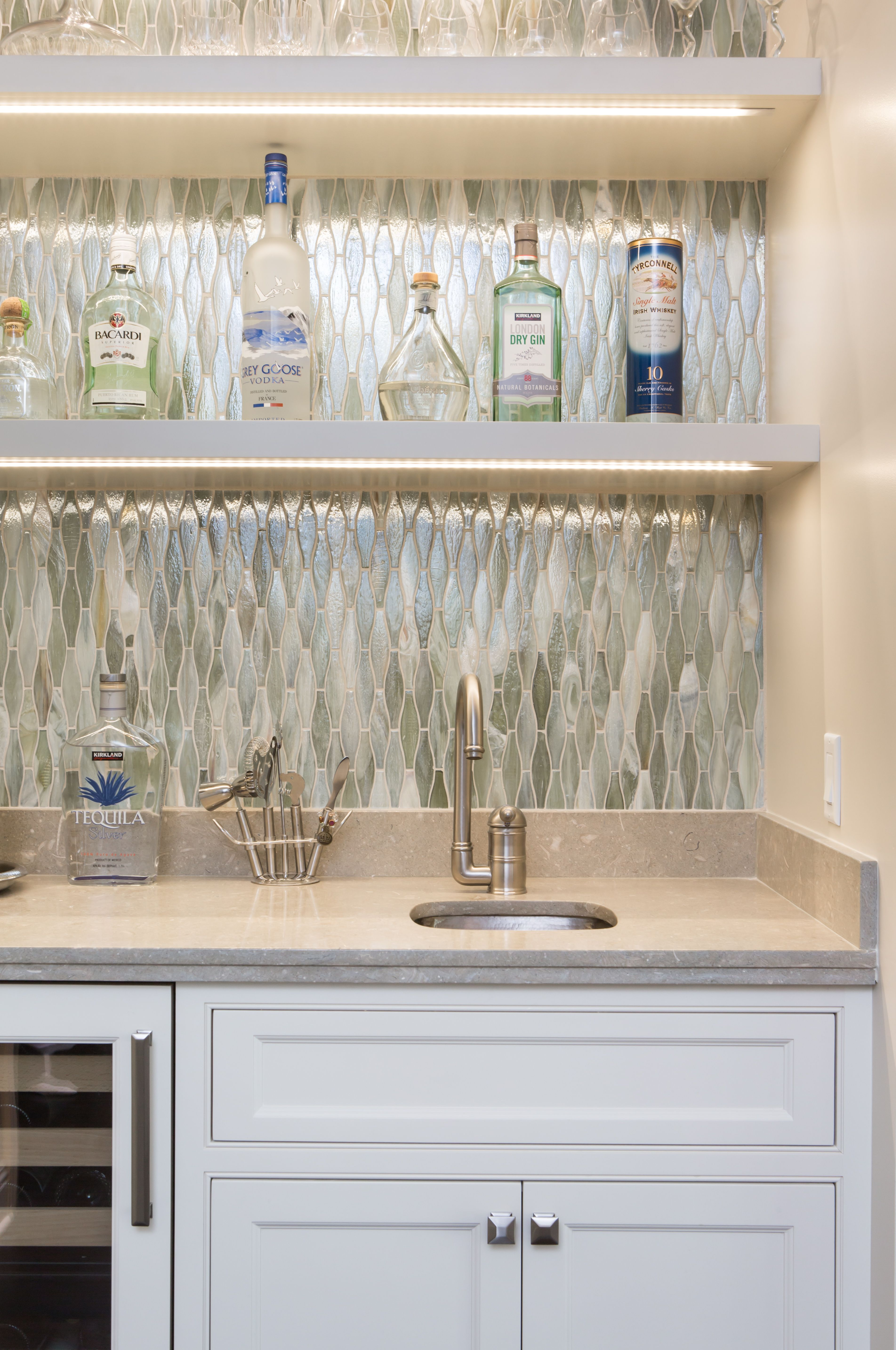 Home Wet Bar By Charmean Neithart Interiors Featuring The Native Trails Rincon Sink In Brushed Nickel Photography Erika Bierman