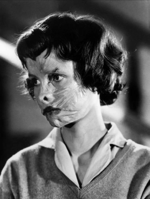 Christiane Les Yeux Sans Visage Franju 1959 Eyes Without A Face Classic Horror Movies Scary Movies