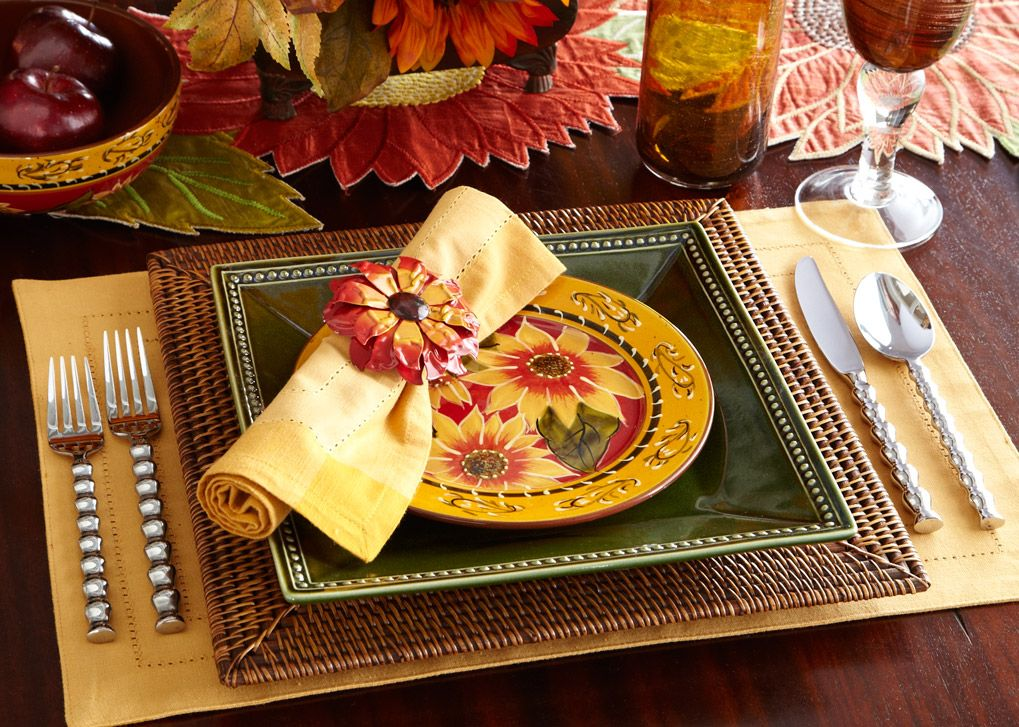 I want this!!!!! Harvest table setting featuring Pier 1 Sunflower ...