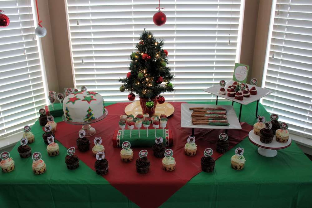 Christmas In July Party Ideas Part - 27: Christmas In July Birthday Party Ideas
