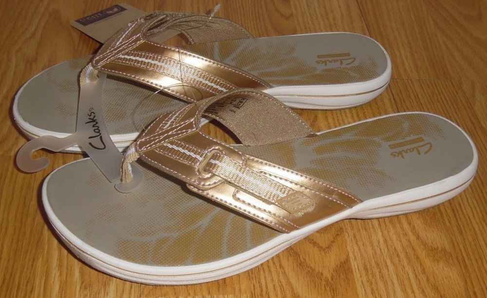 19f61169a0a7 CLARKS Brinkley JAZZ Size 11 Gold Metallic Flip Flop Sandals  CLARKS   FlipFlops