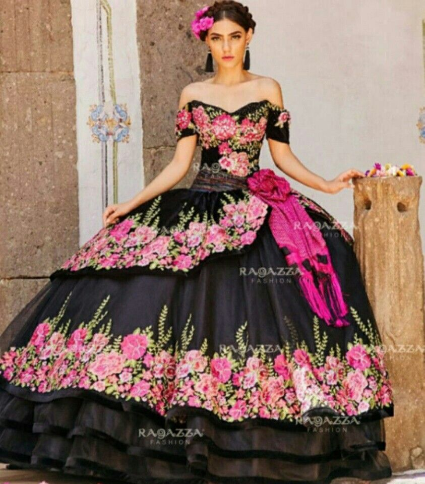 Pin by 🎀 Ailadi Rolei 👒 on XV Dresses & more ⚘ | Pinterest | Xv ...