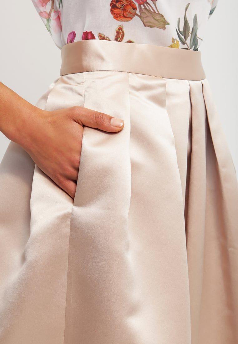 Für deinen individuellen Look. Closet Faltenrock - beige für 59,95 € (21.08.16)…