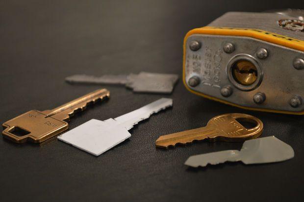 How To Make A Simple Duplicate Key Diy Lock How To Make Make Keys