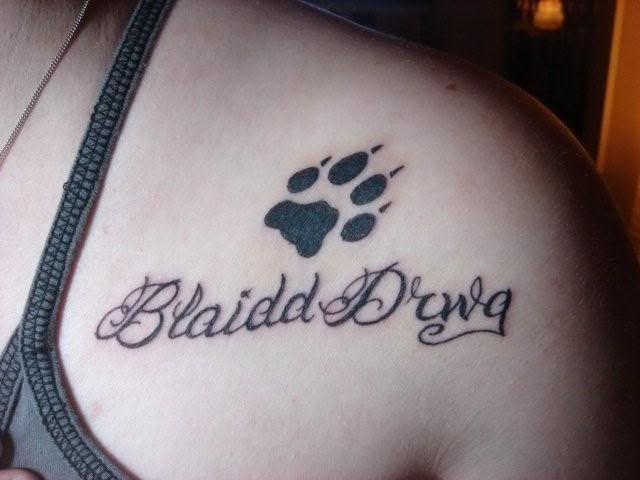 Pin By Jj On Nerdvana Doctor Who Tattoos Bad Wolf Tattoo Nerd Tattoo