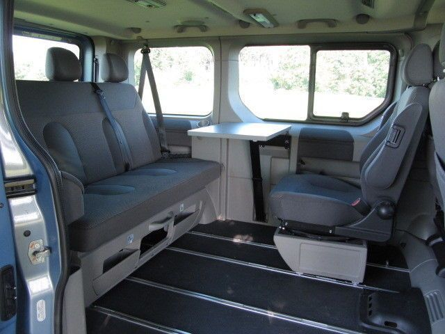 verkauft opel vivaro 2 5 cdti l1h1 lif gebraucht 2011 km in h ttlingen campervan. Black Bedroom Furniture Sets. Home Design Ideas