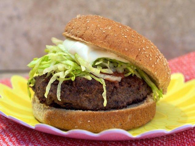 Black Bean Burgers. Cheap, healthy meal. #dinner www.ivillage.com/...