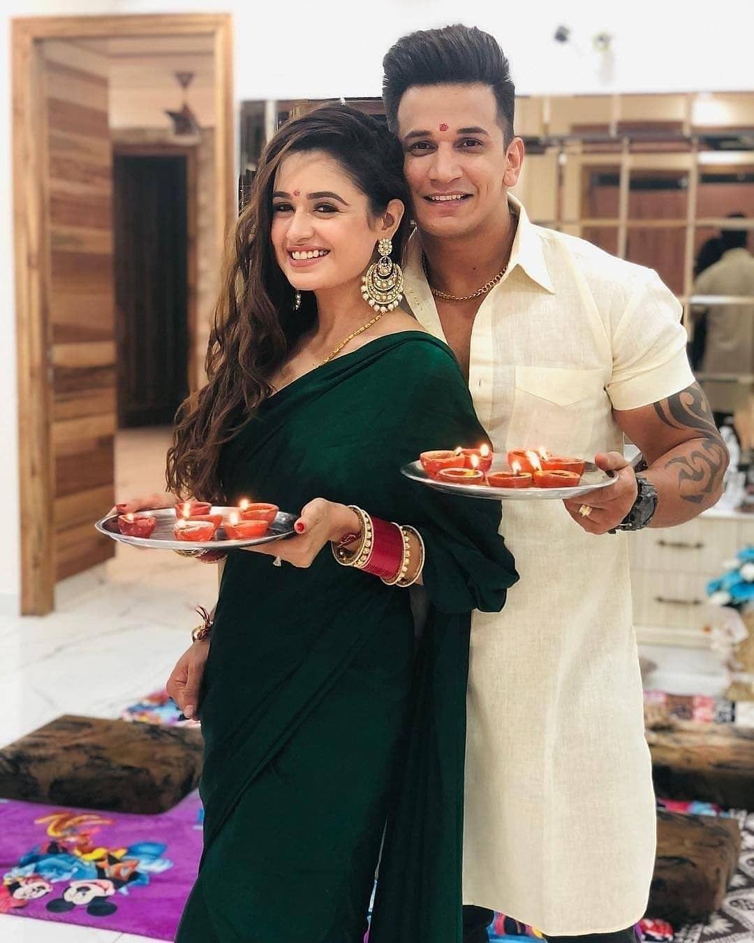 Indian Wedding Dress Wedding Jewelery Bollywood Wedding Actress Wedding Wedding Pre Wedding Pos Indian Wedding Dress Indian Designer Outfits Saree Designs