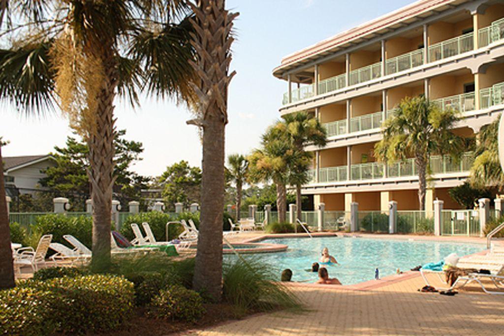 Studio Vacation Rental In Santa Rosa Beach Fl Usa From Vrbo Com Vacation Rental Travel Vrbo Florida Beaches Panama City Beach Panama City Panama
