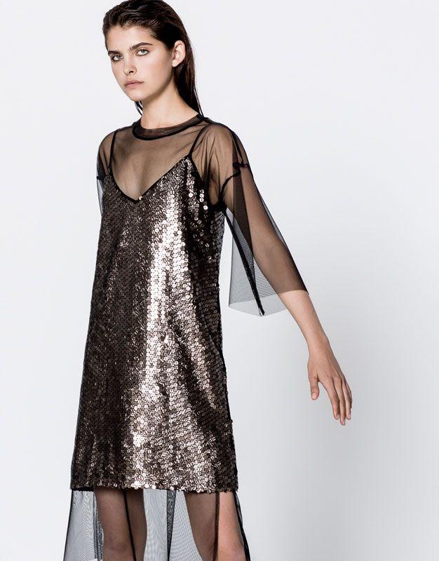 4a99c848c34 Платье с пайетками - Платья - Одежда - Для Женщин - PULL BEAR Российская  Федерация