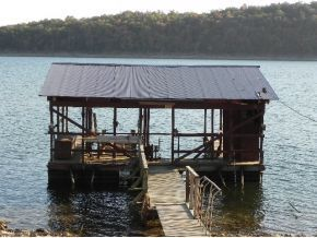 Charming old boat dock with this listing 349736, 2 beds, 1