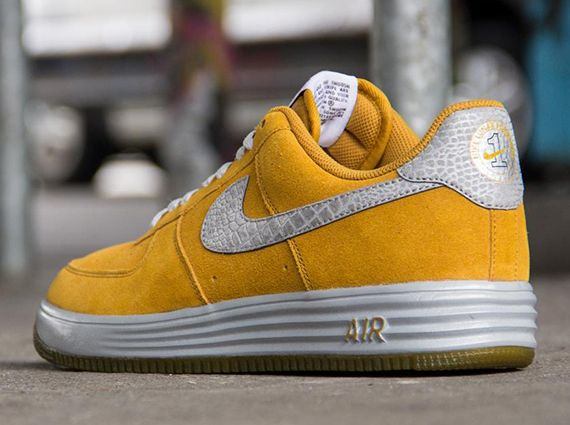 Nike Lunar Force 1 Reflect – Gold Suede – Reflective Silver